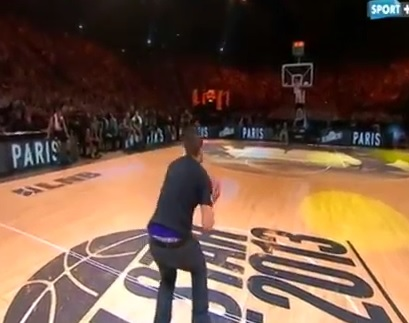 Un spectateur réussi le panier à 100 000 euros pendant le All Star Game France 2013